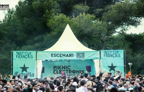 Ingeniería Acústica y Audiovisual Barcelona. Modelo. Festival Piknic Elektronic. Enginyeria Acústica i Audiovisual